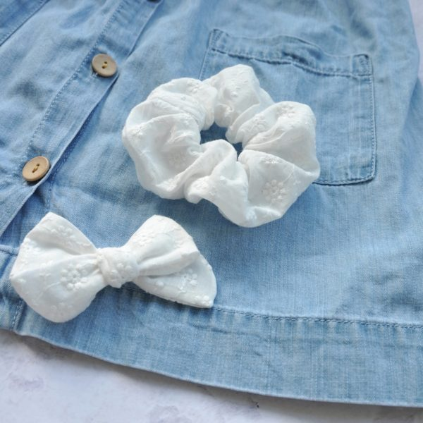embroidery white