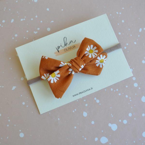 cinnamon daisies